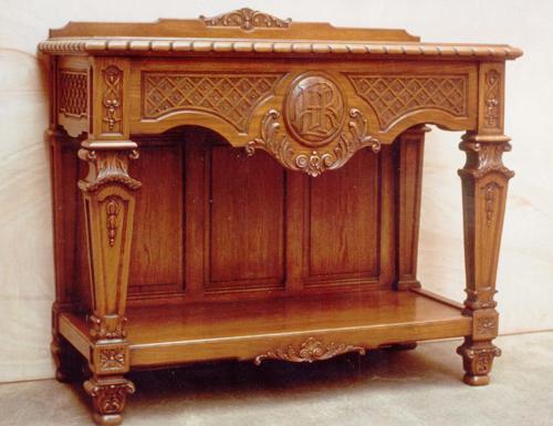 La talla ornamental en madera por rogelio riesgo for Muebles estilo luis xiv